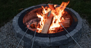 Cheap and Easy DIY Fire Pit